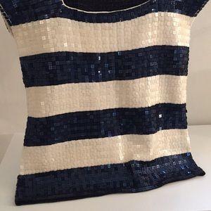 Dana Buchman Tops - Sequin short sleeve shirt